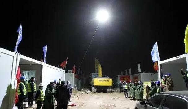 Four Tethered Hovering Drones Light Up for the Construction Site